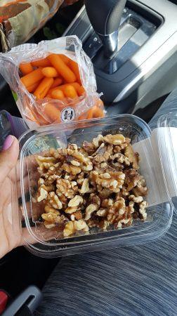 Snacks para el camino, el plástico lo dejamos para ser reciclado!